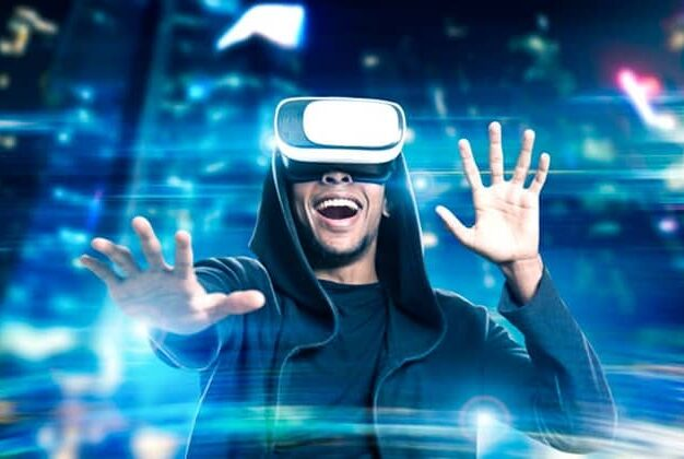 shutterstock_virtual_reality